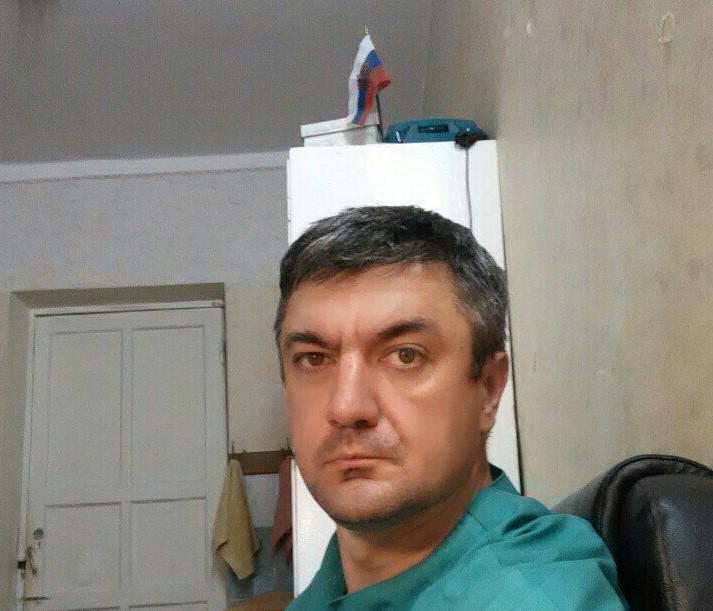 и.о. главврача Феодосийского Медицинского Центра  Вербов Андрей Александрович